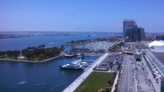 Hilton San Diego Bayfront: Beautiful morning at the Hilton Bayside