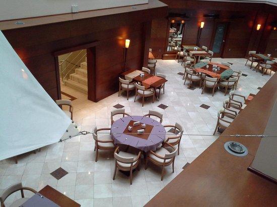 Ankara Hotel Midi : mesa para o jantar