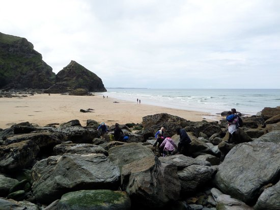 Carnewas and Bedruthan Steps: Getting to the other beach