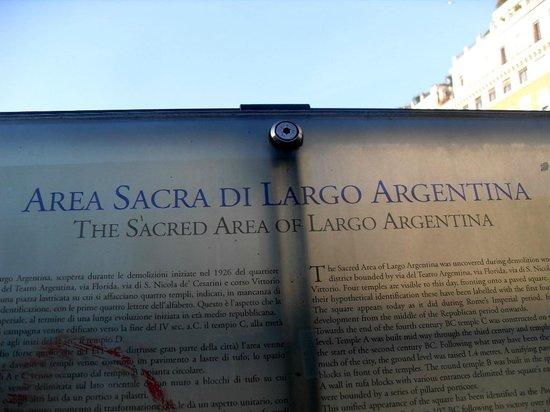Largo di Torre Argentina : CARTEL INFORMATIVO
