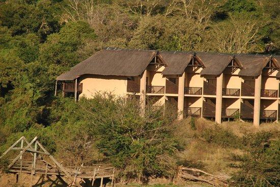 Pestana Kruger Lodge: View of Delux rooms from kruger Bridge