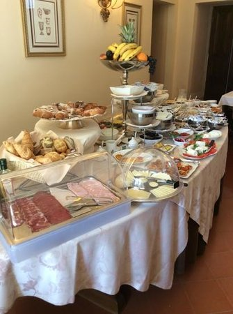 Villa Marsili - Chateaux et Hotel Collection: morning breakfest