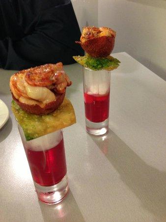 Bar zeruko: Rose Lobster
