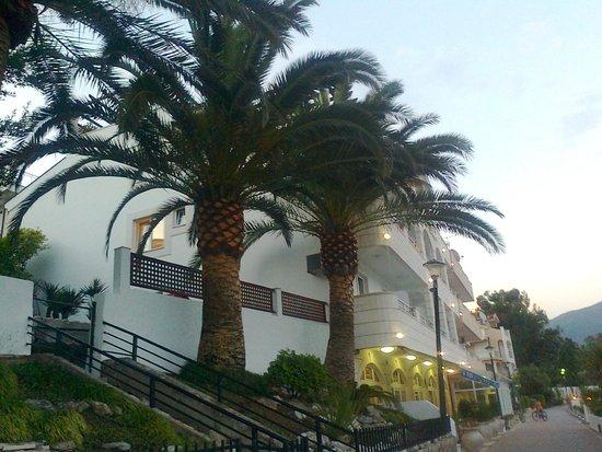 Hotel Perla: отель))