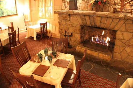 Historic Summit Inn : Mae's Dining Room