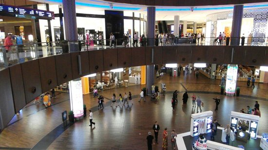 The Dubai Mall : Inside the mall