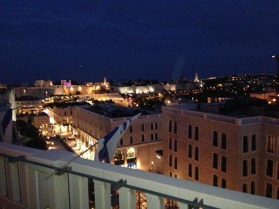 Rooftop: Vista magnífica de Old Jerusalém...