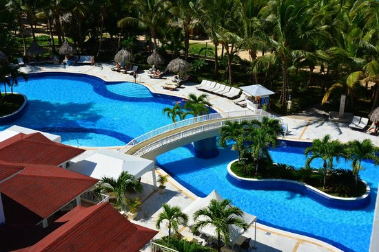 Luxury Bahia Principe Cayo Levantado Don Pablo Collection: pool from above