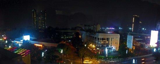 POP! Hotel Kemang Jakarta : View from my room. 6th floor.