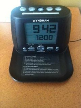Wingate by Wyndham Missoula Airport: Top marks for best clock alarm