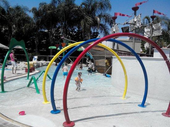 Atlantica Gardens Hotel: Детская водная площадка