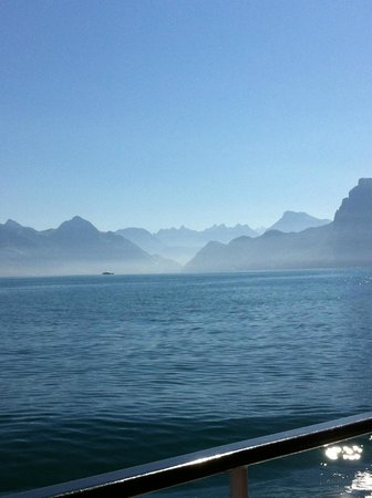 Lake Luzern: View from the cruise boat,