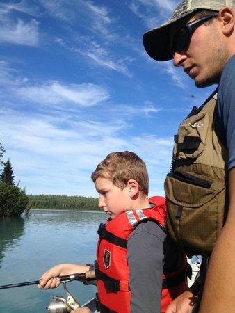 Kenai River Drifter's Lodge: Alex fishing guide great teacher - patient