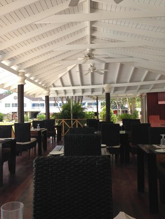Discovery Bay by Rex Resorts: dining area