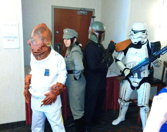 Courtyard by Marriott Montreal Airport : ToyCon Convention