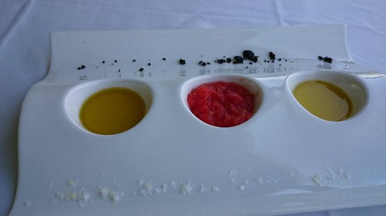 Fabula Green Canal: Some appetizers: black olives pate, olive oil and tomato purée