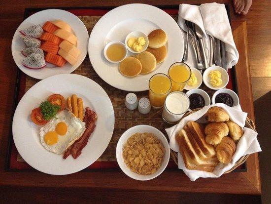 Sokhalay Angkor Resort & Spa: Room service breakfast