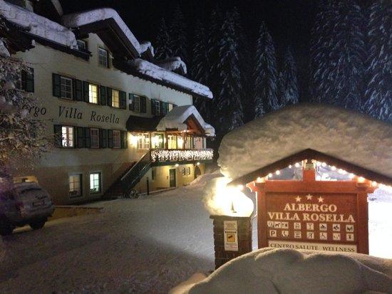 Hotel Villa Rosella Park & Wellness: HOTEL VILLA ROSELLA WINTER