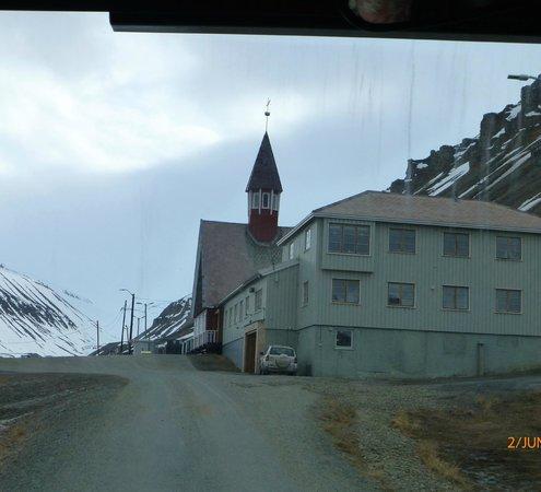 Svalbard Kirke: Verdens Nordligste Kirke.
