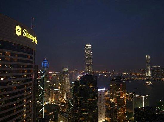 Conrad Hong Kong: 部屋から見た夜景