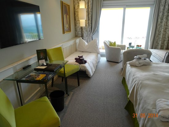 Wellness & Spa Hotel Beatus: VIEW INSIDE OUR DELUXE ROOM NUMBER 303. MAY 2014.