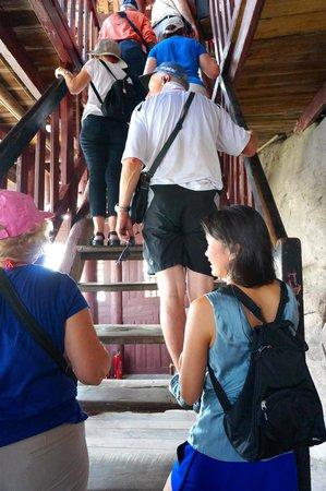 Shi Bao Zhai: Steep Stairs up Pagoda