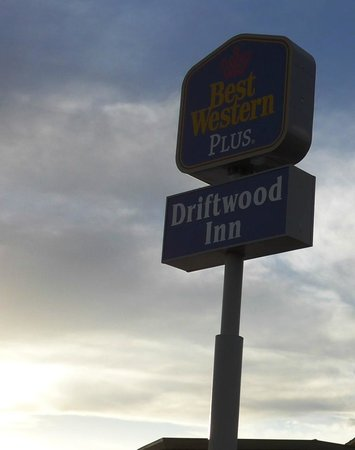Best Western Driftwood Inn : B/W sign