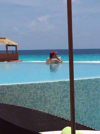 ME Cancun: Piscina Top ;)