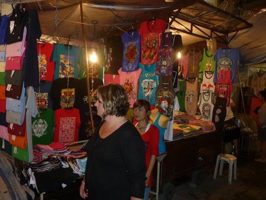 Night Bazaar: marché de nuit