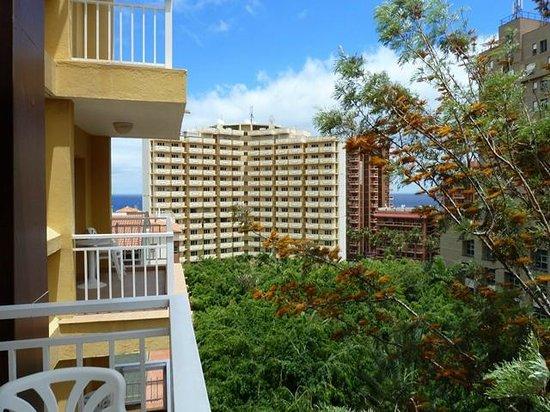 Hotekl ving entrance picture of hotel tenerife ving puerto de la cruz tripadvisor - Hotel ving puerto de la cruz ...