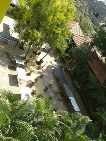 Hotel Madhuvan International: From Top the dininig View