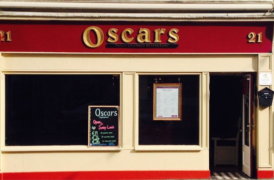 Oscars: Front of restaurant
