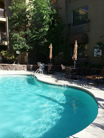 Radisson Hotel El Paso Airport: Outdoor pool
