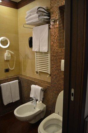 Kolbe Hotel Rome : bath