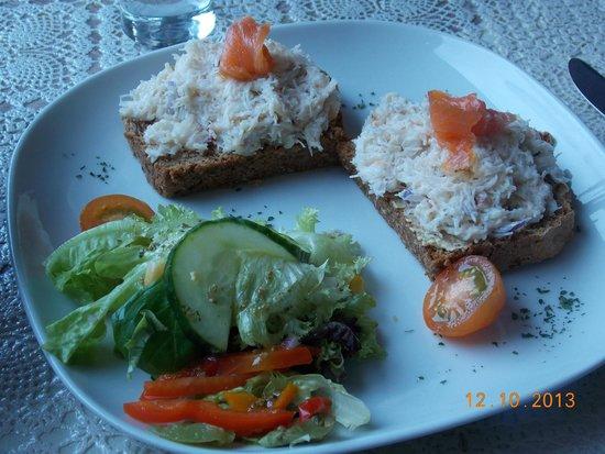 The Stonehouse Restaurant: Crab meat sandwich!!