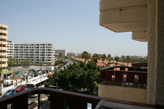 HL Hotel Rondo: Blick zur der Hauptstrasse abgewanden Seite