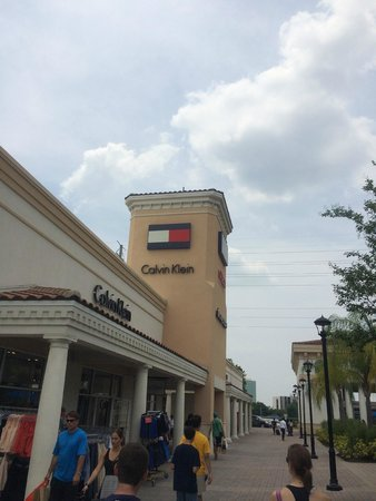 Orlando International Premium Outlets: Lojas