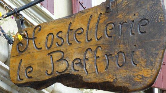 Hostellerie le Beffroi : bordje aan de gevel
