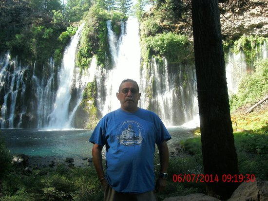 Burney Motel : me at burney Falls