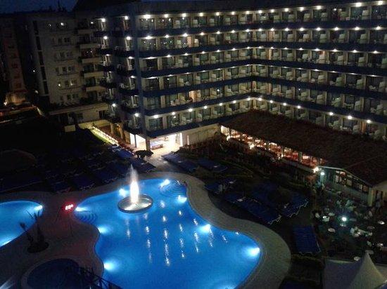 Tahiti Playa Hotel: piscina