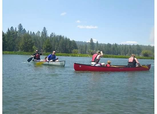 Sunriver Marina: canoeing down the river