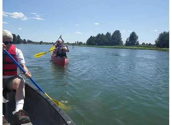 Sunriver Marina: paddling down the river