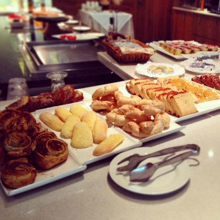 Hotel Riberies: Breakfast