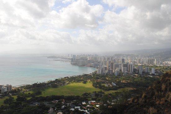 Diamond Head (Cabeza de Diamante): View of Honolulu from the top of Diamond Head