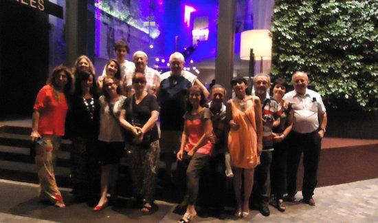 Pullman Bangkok Hotel G: Entrada con el grupo