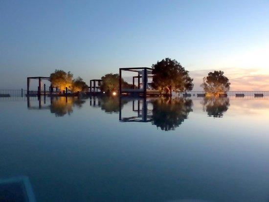 Sheraton Gran Canaria Salobre Golf Resort: la sunset pisicine au 11 eme etage