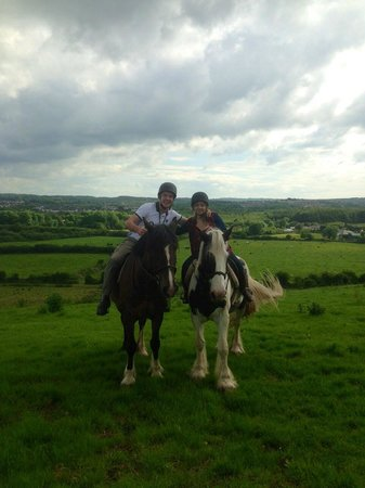 Drumcliffe Equestrian: Great day ,só beautiful we love the horses(: