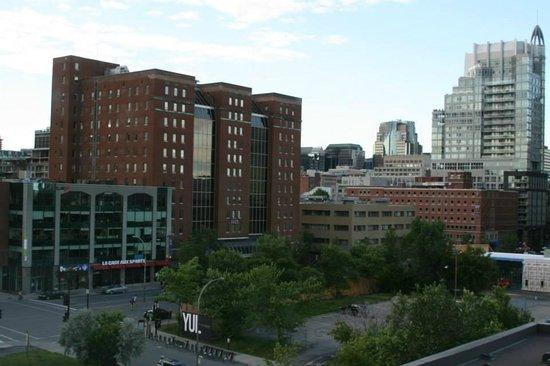 Hotel Espresso Montreal Centre-Ville/Downtown : вид