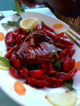 La Fontelina : Ottimo! uno dei filetti di pesce più buono che abbia mai provato! Consigliatissimo!