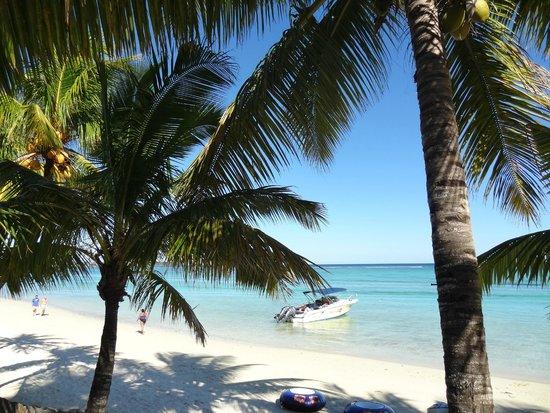 Trou aux Biches Beachcomber Golf Resort & Spa: Beach area